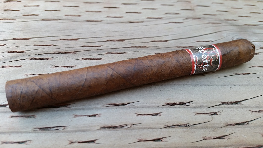 Team Cigar Review: Crux Sports