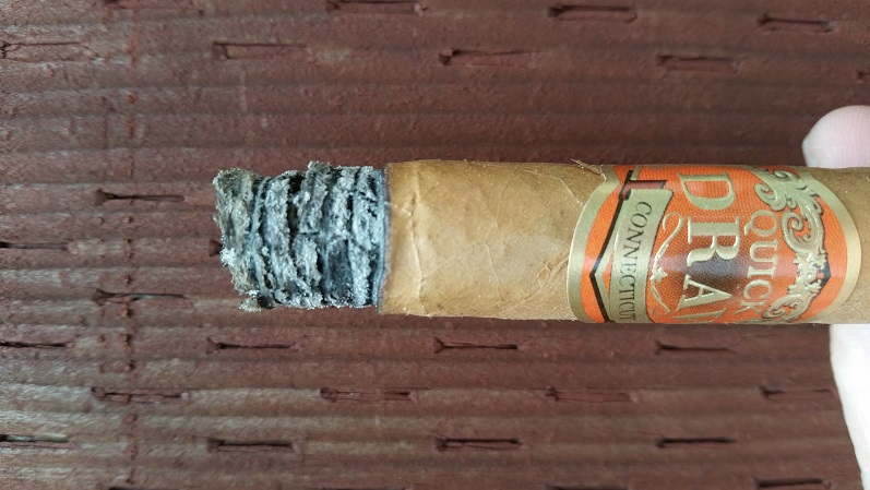 Team Cigar Review: Southern Draw QuickDraw Connecticut Short Panatela