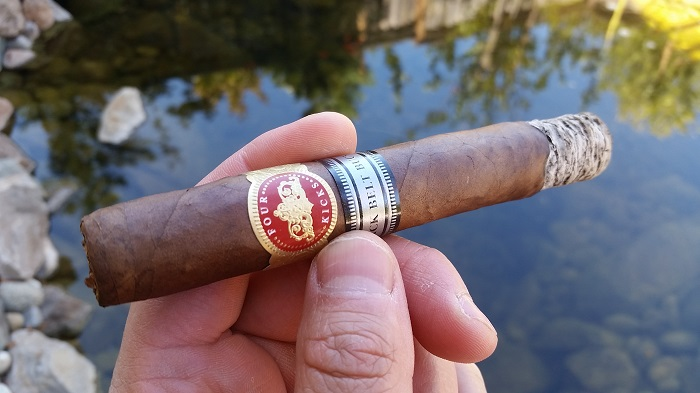 Team Cigar Review: Crowned Heads Four Kicks Black Belt Buckle Sublime