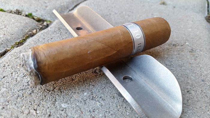 Team Cigar Review: Illusione Haut 10