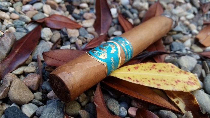 Team Cigar Review: Matilde Serena Corona