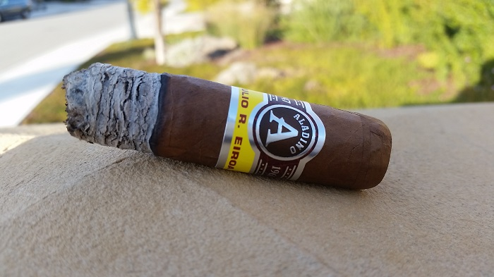 Team Cigar Review: JRE Aladino Robusto