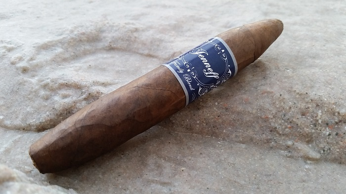 Team Cigar Review: Jenneff Family Blend