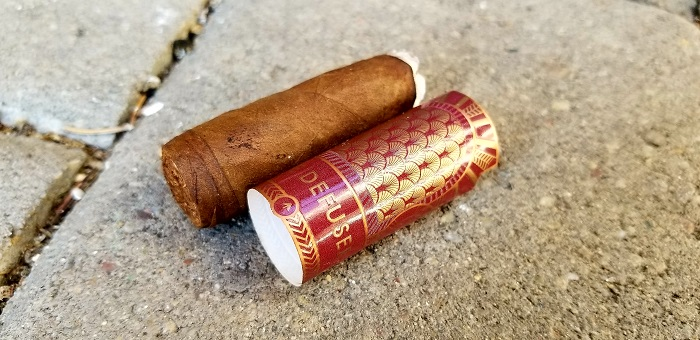 Team Cigar Review: Alpha The Defuser Claro Robusto