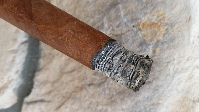 Team Cigar Review: Diplomáticos 2014 Edición Regional Asia Pacifico Bushido