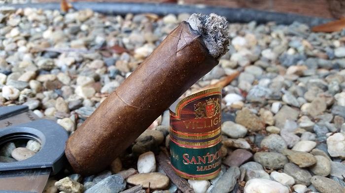 Team Cigar Review: Villiger San'Doro Maduro Toro