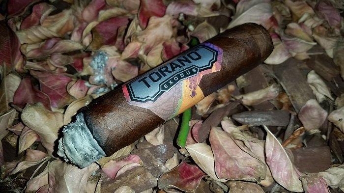 Team Cigar Review: Torano Exodus Robusto
