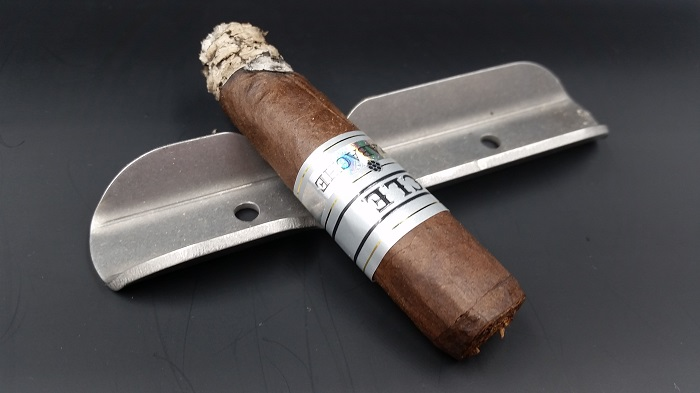 Team Cigar Review: CLE Azabache 2016 TAA Robusto