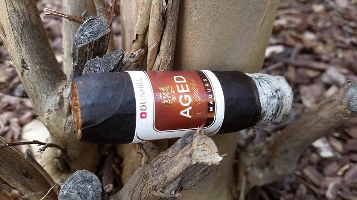 Team Cigar Review: Dunhill Aged Maduro Short Robusto