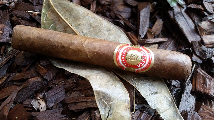 Team Cigar Review: El Artista Pulita 60 Aniversario Robusto