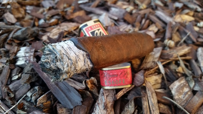 Team Cigar Review: La Gran Llave Torpedo
