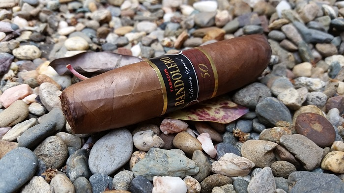 Team Cigar Review: Bandolero Pack II Traviesos