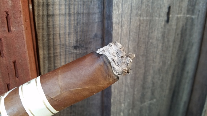 Team Cigar Review: Cornelius & Anthony Meridian Corona Gorda