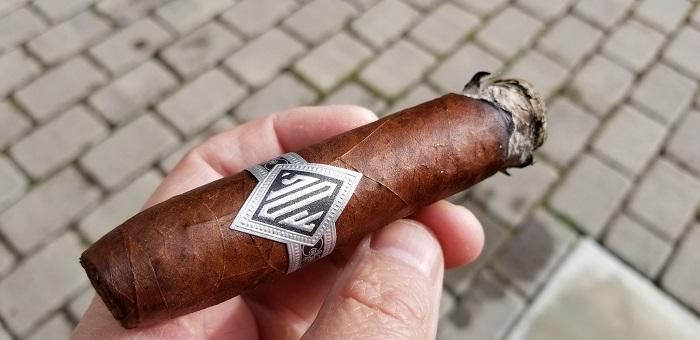 Team Cigar Review: Dunbarton Tobacco & Trust Todos Las Dias Double Wide Belicoso