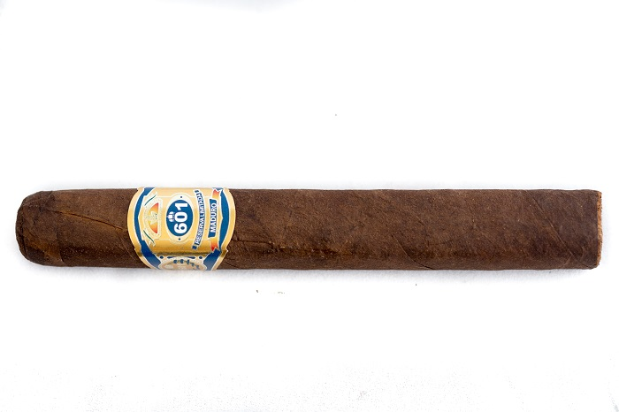 Team Cigar Review: 601 Blue Label Maduro Toro