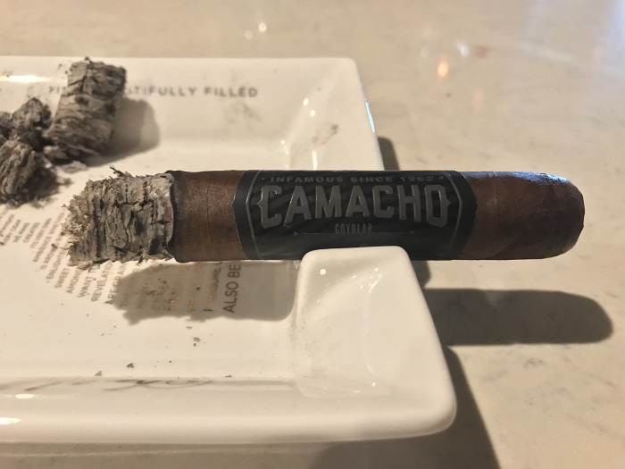 Team Cigar Review: Camacho Coyolar Super Toro