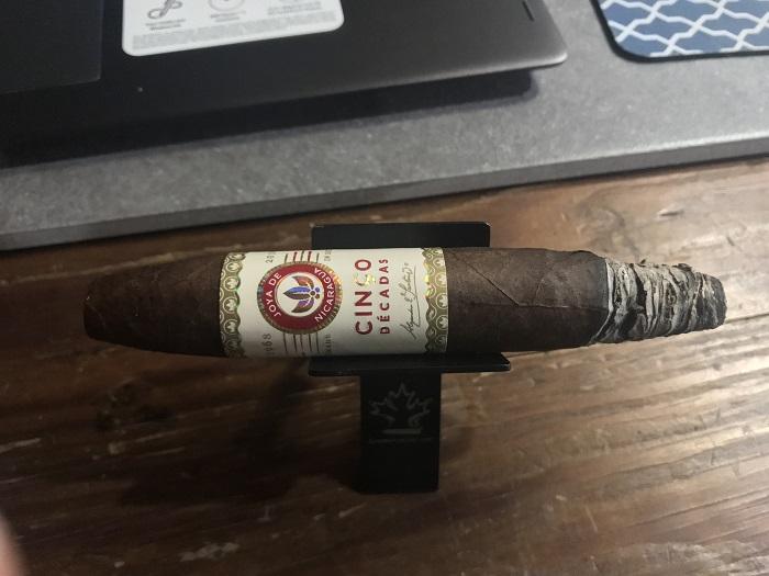 Team Cigar Review: Joya de Nicaragua Cinco Decadas Diadema
