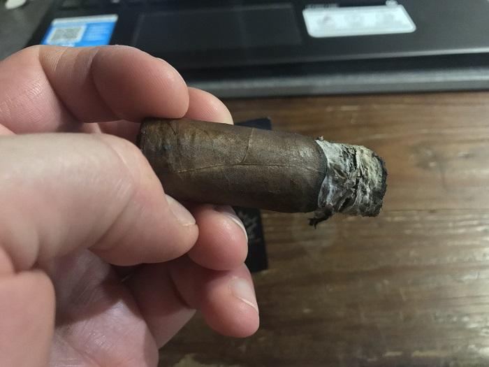 Team Cigar Review: Dunbarton Tobacco & Trust Sin Compromiso Selección No. 5 Parejo