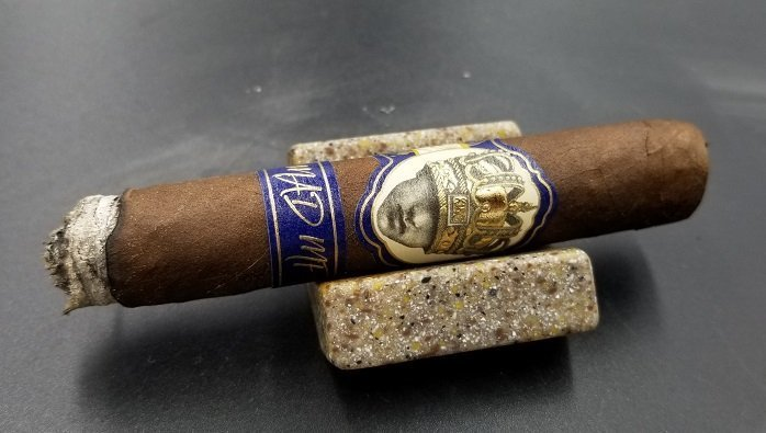 Team Cigar Review: Caldwell Long Live the King MAD MF Corona
