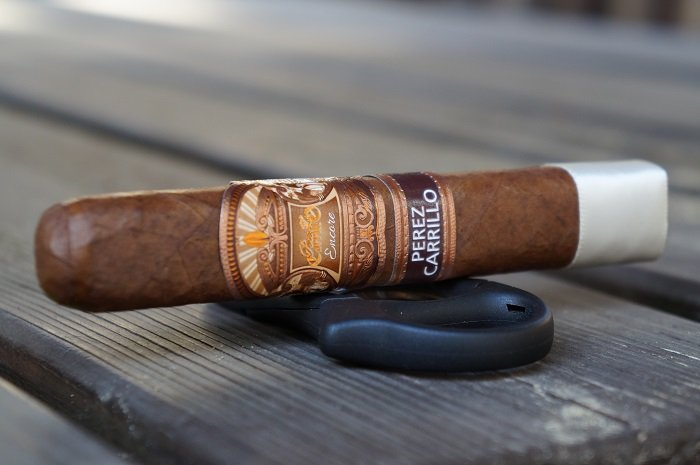Team Cigar Review: E.P. Carrillo Encore Majestic