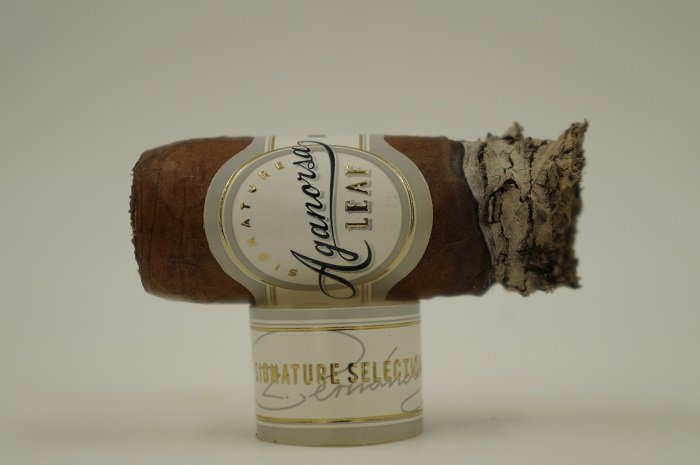 Personal Cigar Review: Aganorsa Leaf Signature Series Robusto