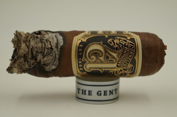 Team Cigar Review: Cornelius & Anthony The Gent Robusto