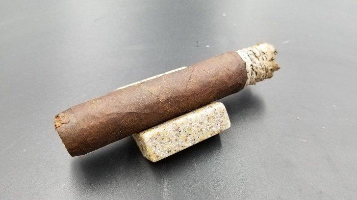 Team Cigar Review: Crowned Heads Buckeye Land