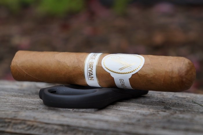 Team Cigar Review: Davidoff Luke Bryan