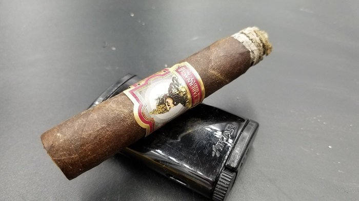 Team Cigar Review: Foundation Tabernacle Havana Seed CT #142 Corona
