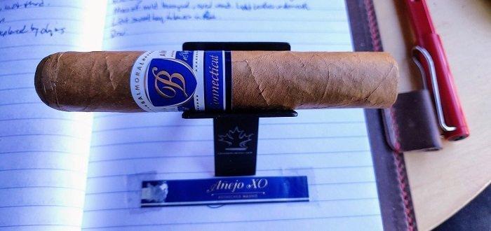 Team Cigar Review: Balmoral Anejo XO Connecticut Rothschild Masivo