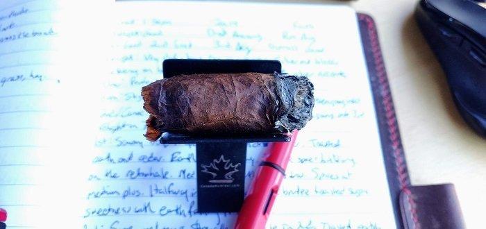 Team Cigar Review: La Gloria Cubana Esteli Robusto