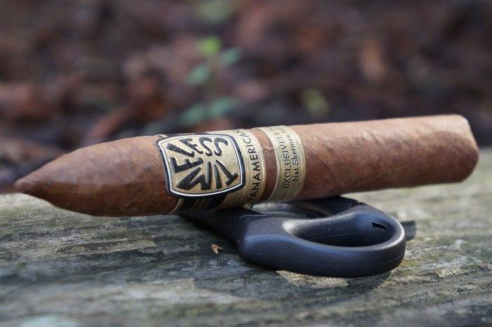 Team Cigar Review: Nat Sherman Timeless Panamericana Belicoso Fino