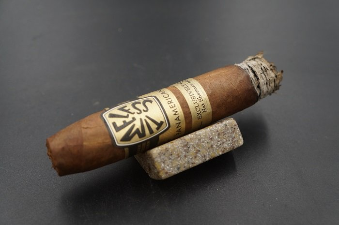 Team Cigar Review: Nat Sherman Timeless Panamericana Belicoso Fino