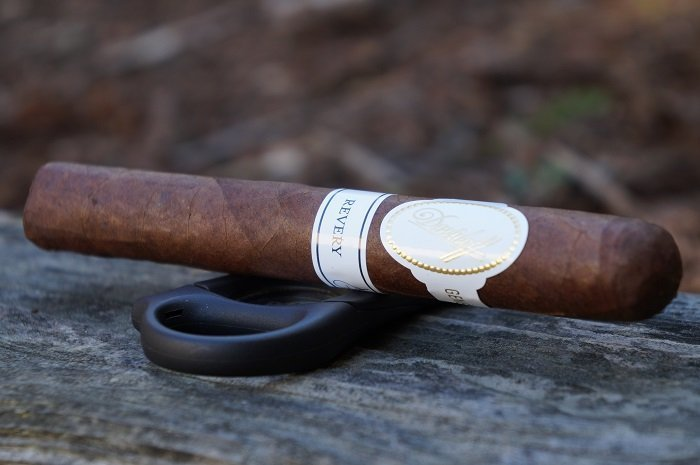 Team Cigar Review: Davidoff Revery Toro