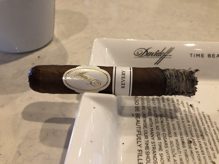 Team Cigar Review: Davidoff Revery Toro