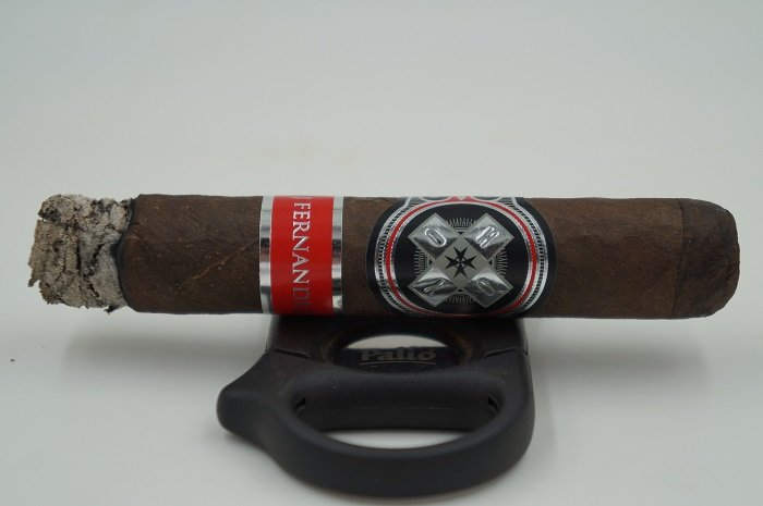 Team Cigar Review: Hoyo de Monterrey HOYO La Amistad Black Rothschild