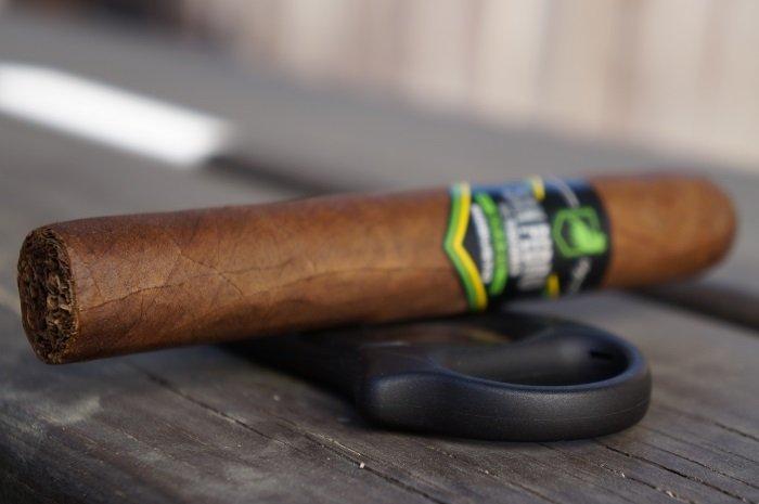Team Cigar Review: San Pedro de Macorís Brazil Robusto