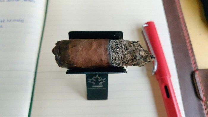 Team Cigar Review: Balmoral Anejo XO Oscuro Rothschild Masivo