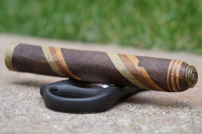 Personal Cigar Review: Black Label Trading Company Shere Khan