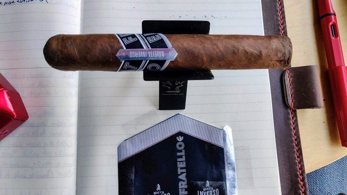 Team Cigar Review: Fratello Navetta Inverso Robusto
