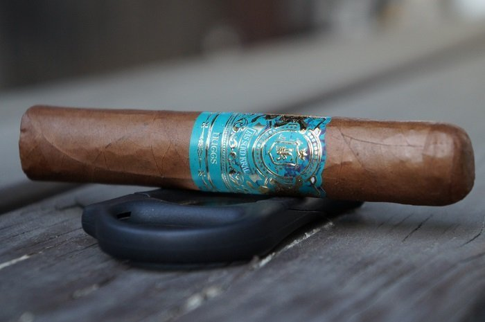 Team Cigar Review: Jas Sum Kral Nuggs Habano