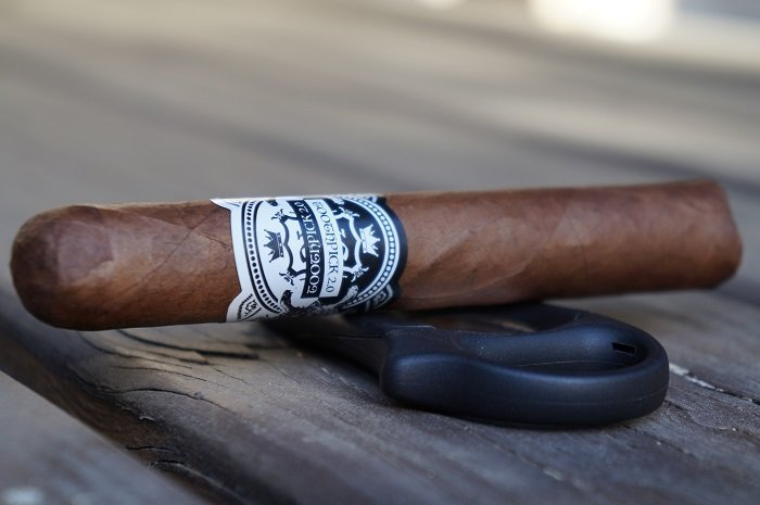 Team Cigar Review: Jas Sum Kral Toothpicks 2.0 Habano
