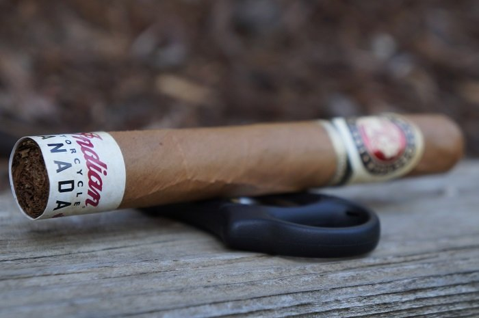 Team Cigar Review: Indian Motorcycle Connecticut Shade Toro