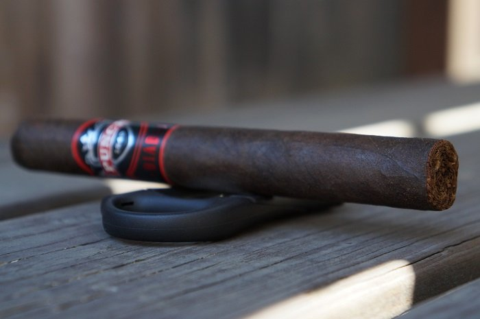 Team Cigar Review: Punch Diablo Scamp