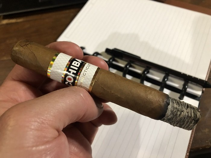 Team Cigar Review: Cohiba Connecticut Robusto