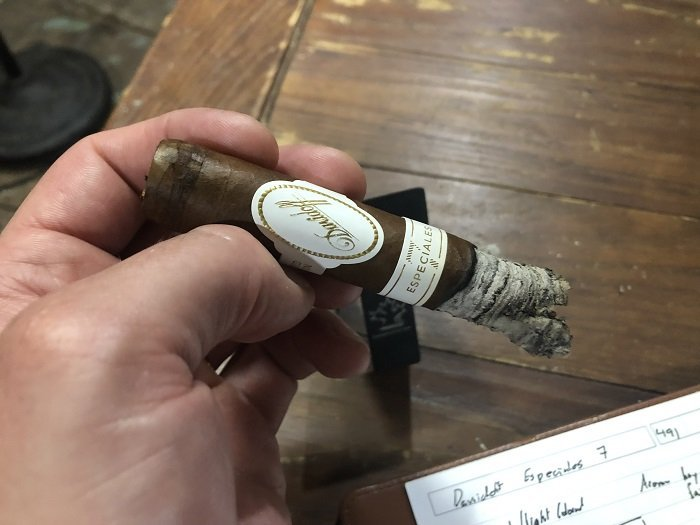 Team Cigar Review: Davidoff Robusto Real Especiales 7