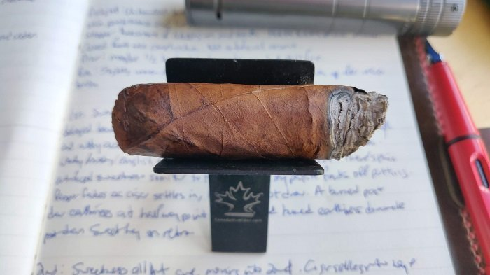 Team Cigar Review: United Cigar El Tallo
