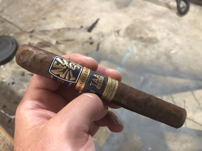 Team Cigar Review: Nat Sherman Timeless Limited Edition TAA 2019