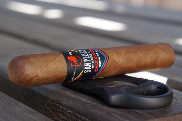 Team Cigar Review: San Pedro de Macorís Sun Grown Robusto