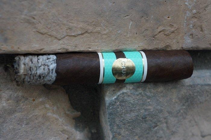 Team Cigar Review: Crux Epicure Maduro Toro
